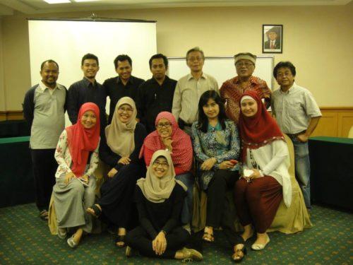 Saat menjadi juri di event Konferensi Penulis Cilik Indonesia (KPCI) 2013